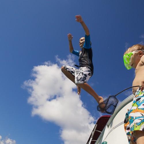 kids jumpin